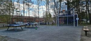Merkurigatan - Pingisbord & basketplan.